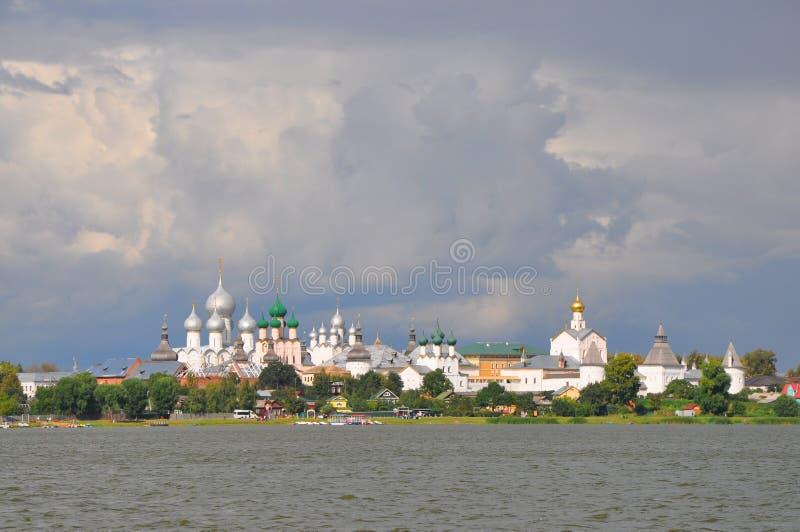 Kremlin no lago Nero em Rostov o grande fotografia de stock