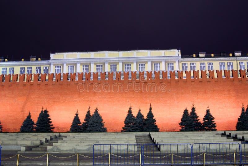 Kremlvägg på röd fyrkant i Moskva royaltyfria foton