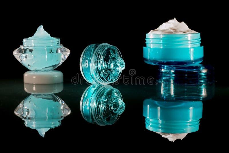 Kremowa płukanka i gel - kosmetyki fotografia stock