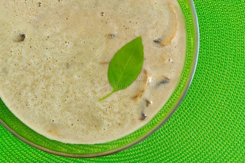 kremowa zupa pieczarkowa obrazy stock