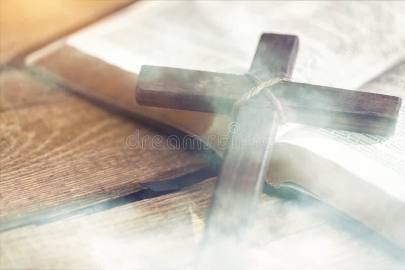 Kreuz stockfotografie