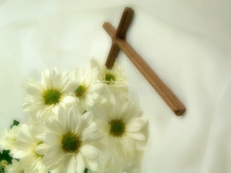 Kreuz auf Schleier lizenzfreies stockfoto
