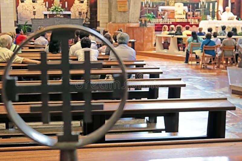 Kreuz in der Basilika der Ankündigung, Nazaret, Israel lizenzfreies stockfoto