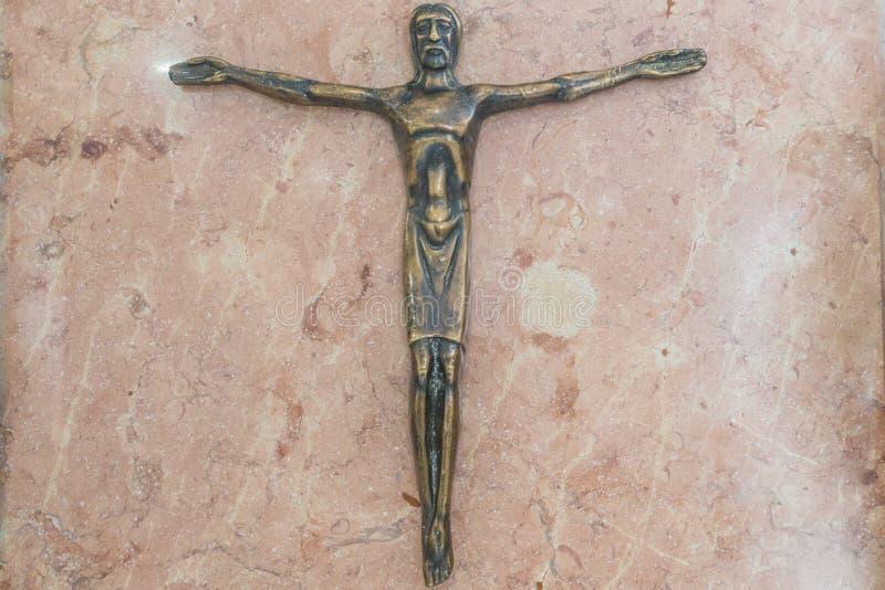 Kreuz mit Jesus Christ-Sohn des Gottes stockfotos
