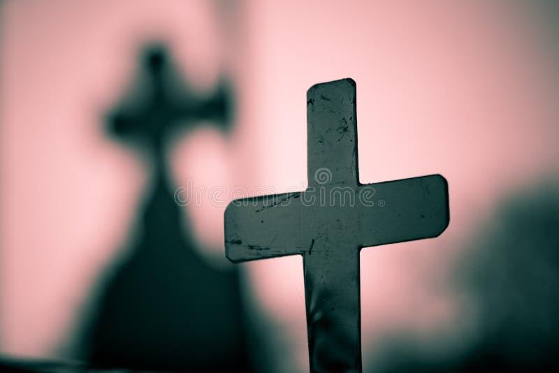 Kreuz und Schatten stockfotos
