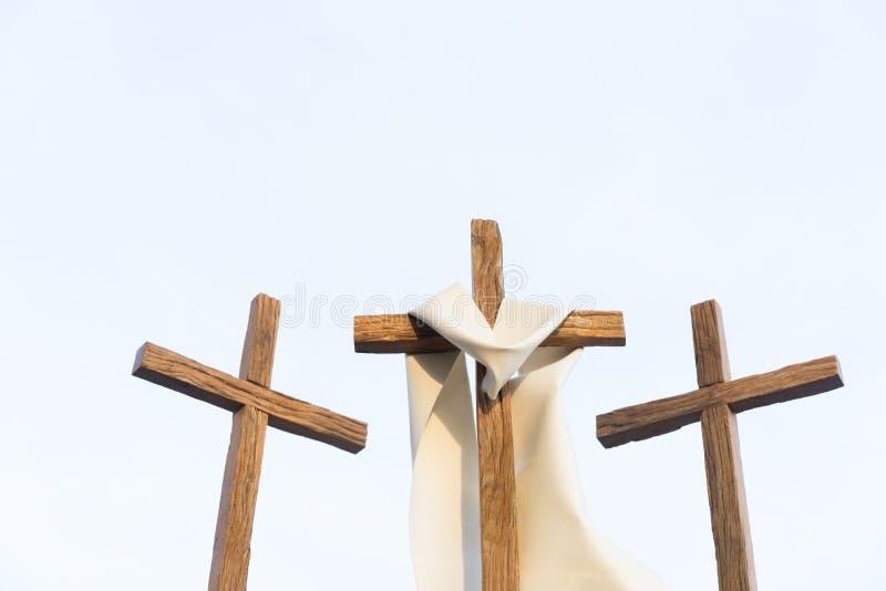 3 Kreuze in einer Stadt lizenzfreie stockfotografie