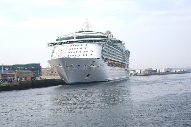 Kreuzschiff-Costa Luminosa lizenzfreies stockfoto