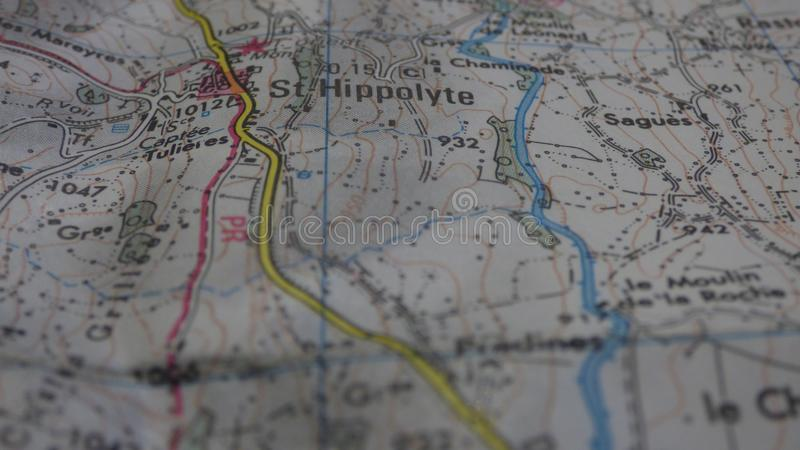 Kreuzungen auf einer Karte lizenzfreie stockbilder