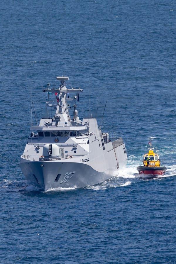 KRI Iskandar Muda 367斯格码类属于印度尼西亚全国军队海军离去的悉尼港口的轻武装快舰 库存照片