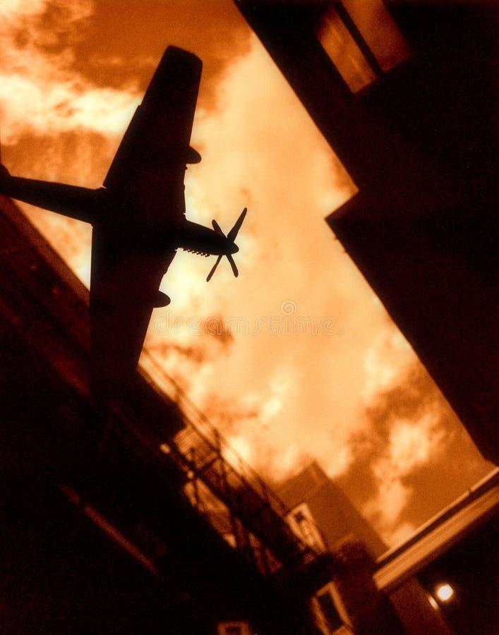 Kriegflugzeug lizenzfreie stockfotos
