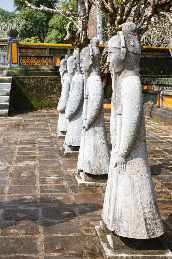 Krigare på gravvalvet av Tu Duc i Hue Vietnam royaltyfria bilder