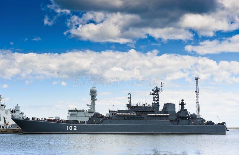 Krigsskepp fotografering för bildbyråer
