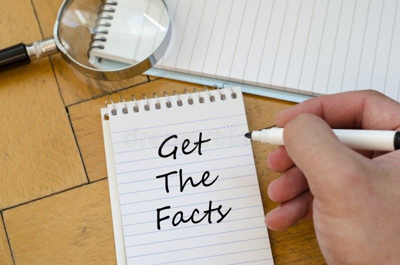 Krijg het feitenconcept op notitieboekje stock afbeeldingen