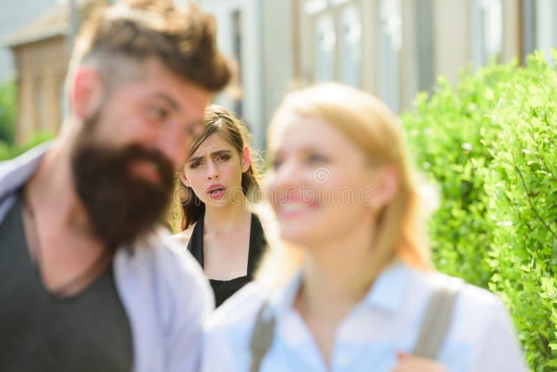 Hoe te om een meisje te krijgen dat een andere kerel dateertWaarom online dating is onzin