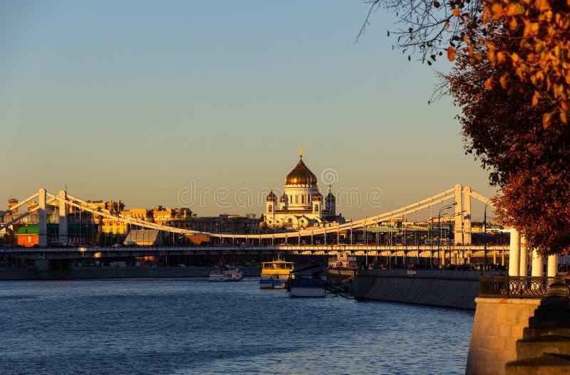 Krimbrug en kathedraal van Christus Savior royalty-vrije stock foto