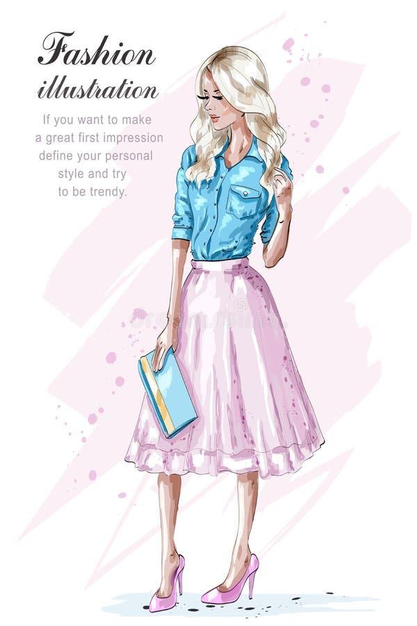 Kringgår den blonda flickan för mode i rosa färger och att rymma handväskan Hand dragen modekvinna skissa stock illustrationer