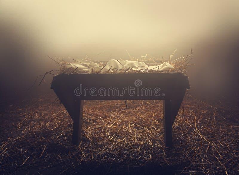 Krippe nachts unter Nebel lizenzfreies stockfoto