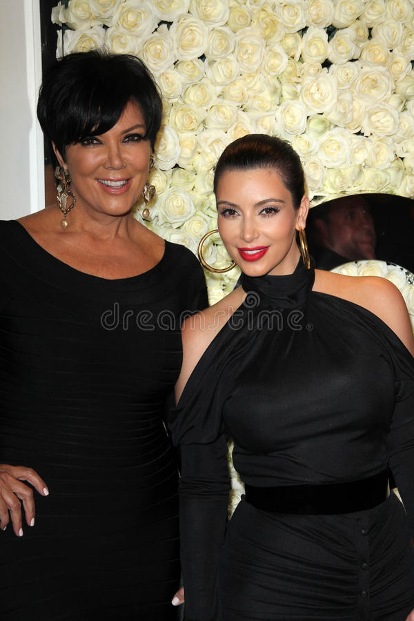 Kris Jenner, Kim Kardashian, quatro estações fotos de stock