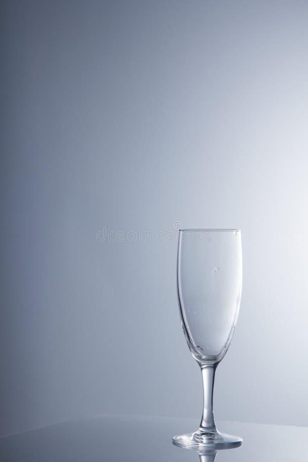 Kristalglas op witte achtergrond stock afbeelding