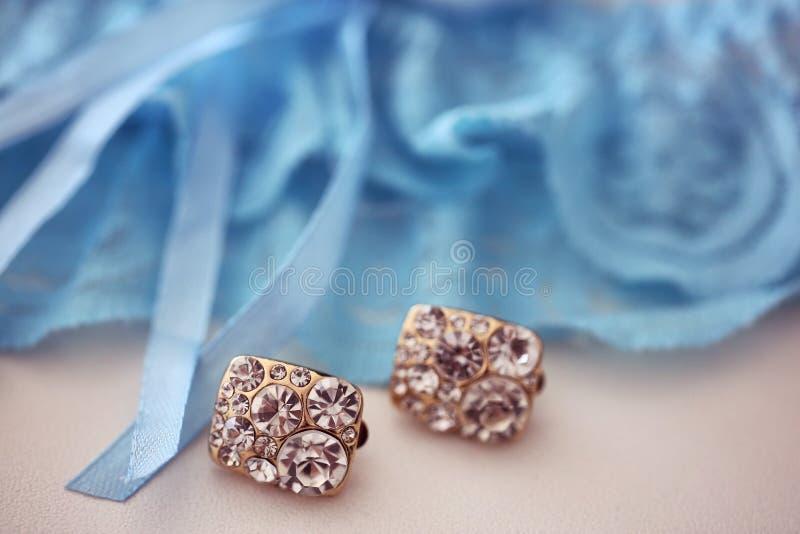 Kristallörhängen royaltyfri bild