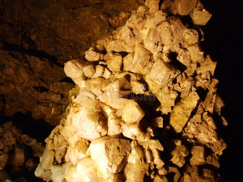 Kristallhöhle Kobelwald oder Würfel Kristallhöhle Kobelwald Kristallhohle Kobelwald oder Kristallhoehle Kobelwald lizenzfreie stockbilder