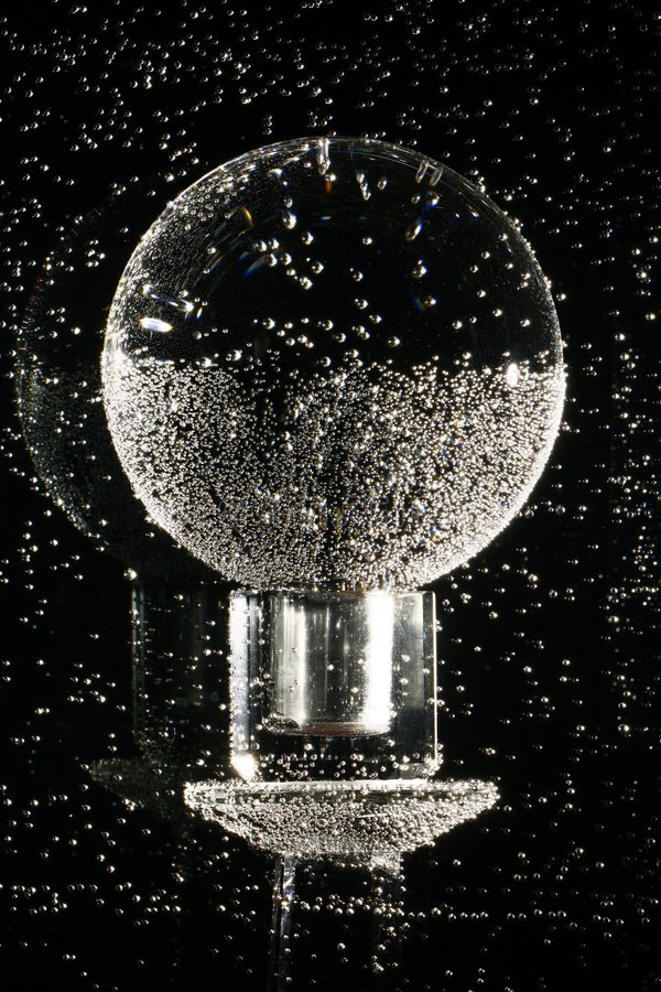 Kristallkugel Unterwasser   lizenzfreie stockfotografie