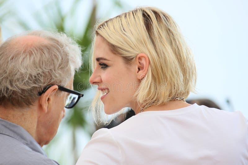 Kristen Stewart, Woody Allen fotografia stock libera da diritti