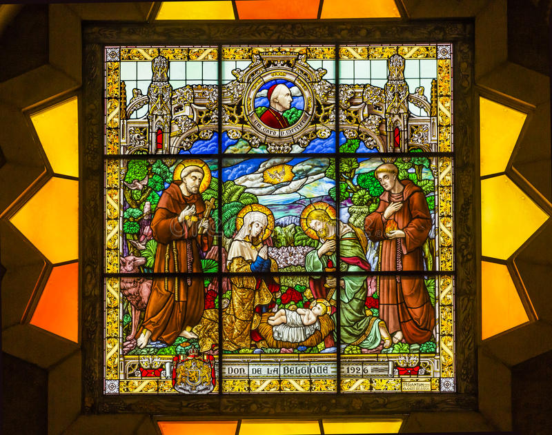Kristi födelsemålat glasshelgon Catherine Nativity Church Bethlehem Palestine arkivbild