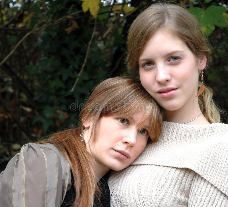 Kristina en Rebecca1 royalty-vrije stock afbeeldingen