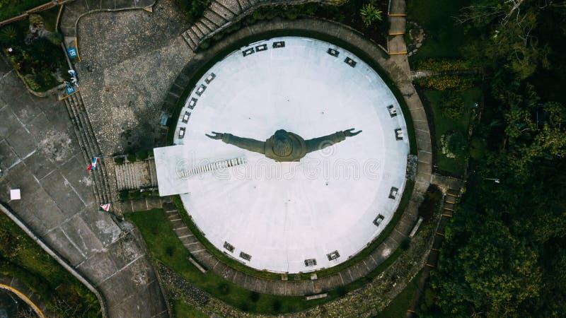 Kristus Förlossare på Pico Isabel de Torres royaltyfri bild