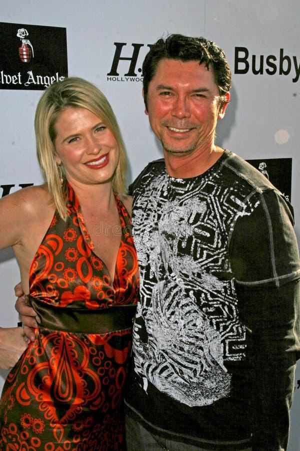 Kristy Swanson, Lou Diamond Phillips stock fotografie