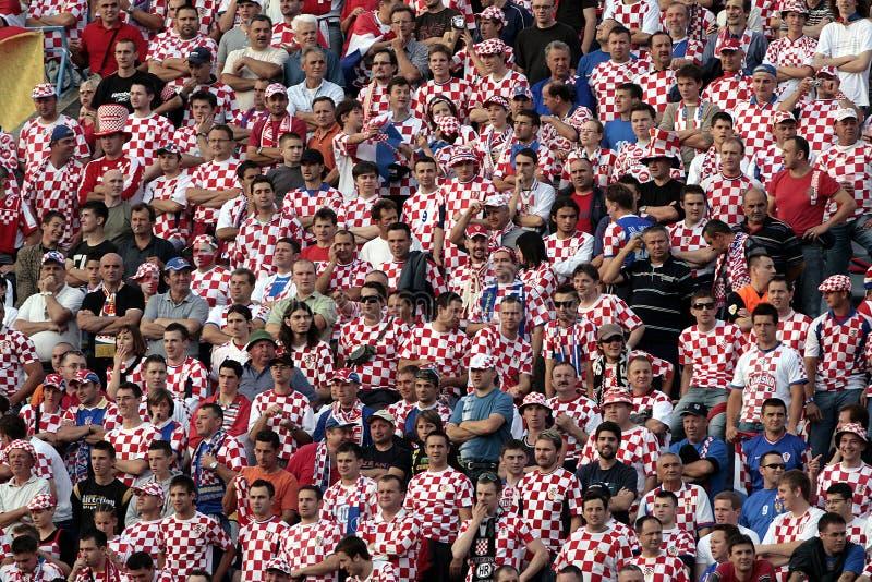 kroaten luftar fotboll arkivfoton