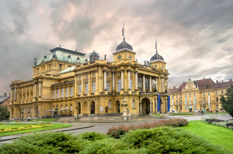 Kroatisch nationaal theater in Zagreb Kroatië royalty-vrije stock foto's