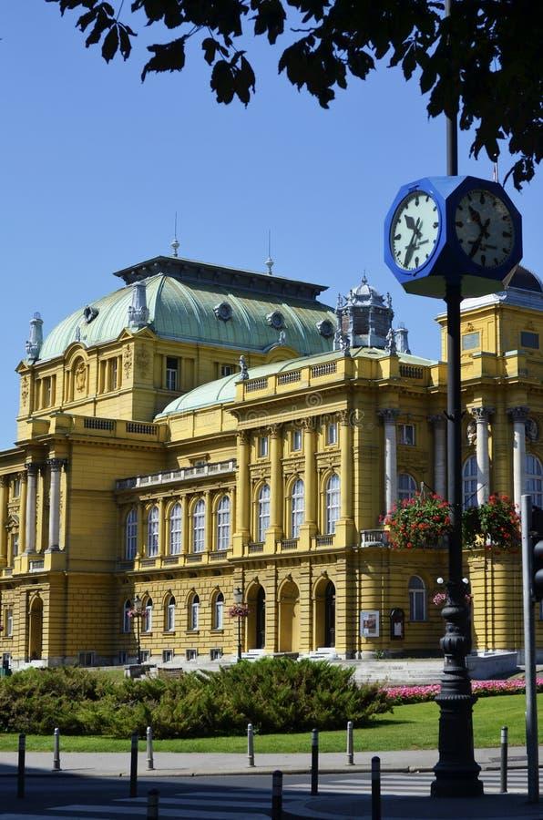 Kroatisk nationell teater i Zagreb, Kroatien royaltyfria bilder