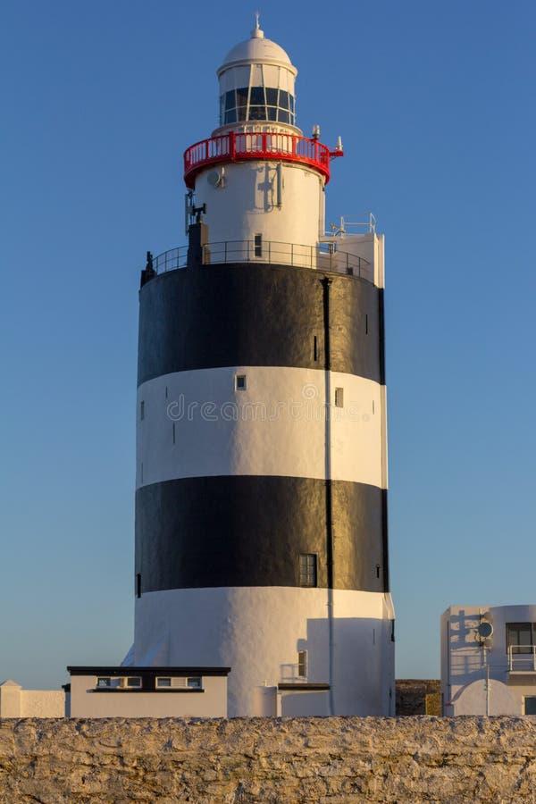 Krokfyren på den sydliga kusten av Irland är det äldsta fungerande i världen royaltyfria bilder