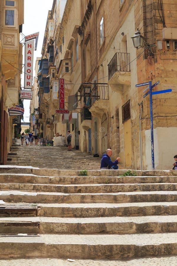 Kroki i ulica w Valletta, Malta zdjęcie stock