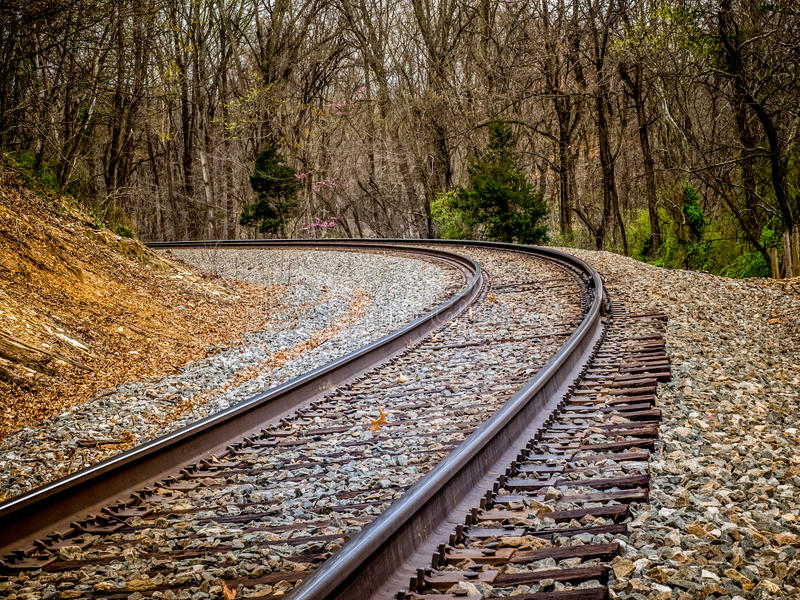 Kromme in Spoorwegsporen stock foto's