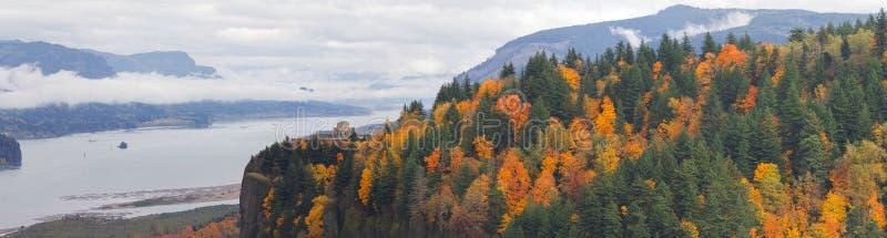 Kronapunkt på den Columbia River klyftan i nedgång royaltyfri bild