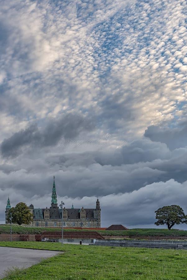 Kronborg slott på soluppgång arkivfoton