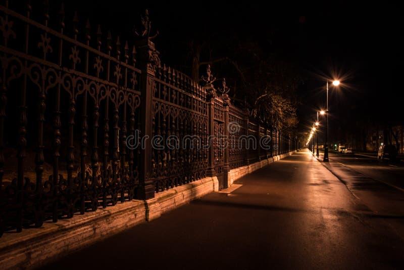 Kronstadt夏天庭院的格栅  库存照片