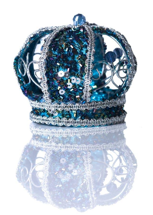 Kroon die op wit wordt geïsoleerdn royalty-vrije stock afbeeldingen