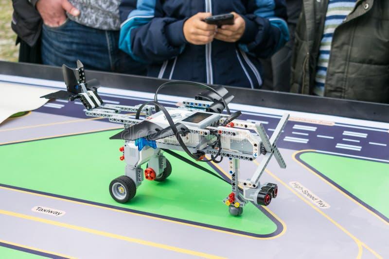 "KROPIVNITSKIY UKRAINA †""07 OKTOBER, 2017: Robotteknikkurser B royaltyfri fotografi"