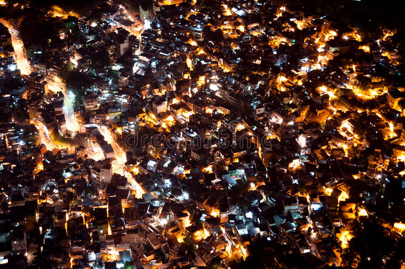 Krottenwijk Rocinha in Rio de Janeiro bij Nacht royalty-vrije stock fotografie