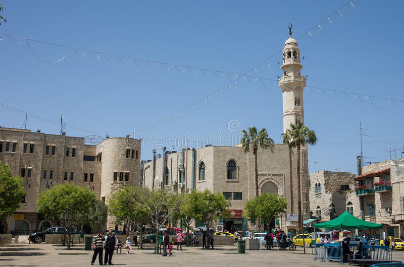 Krubbafyrkant och moské av Omar, Betlehem, Israel arkivbild