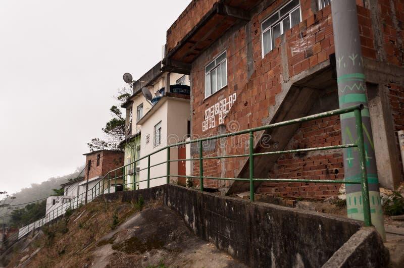 Kruche mieszkaniowe budowy favela Vidigal w Rio De Janeiro obraz royalty free