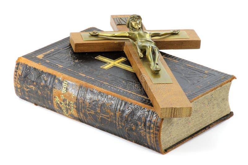 Krucyfiks i biblia zdjęcie royalty free
