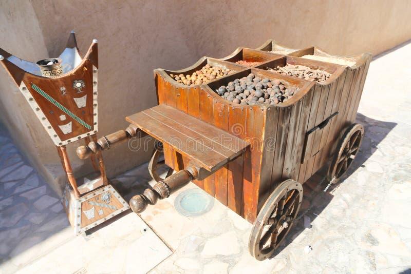 Kruiden in een houten doos royalty-vrije stock foto