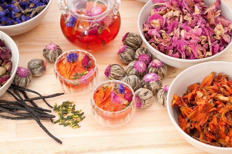 Kruiden natuurlijke bloementhee stock fotografie