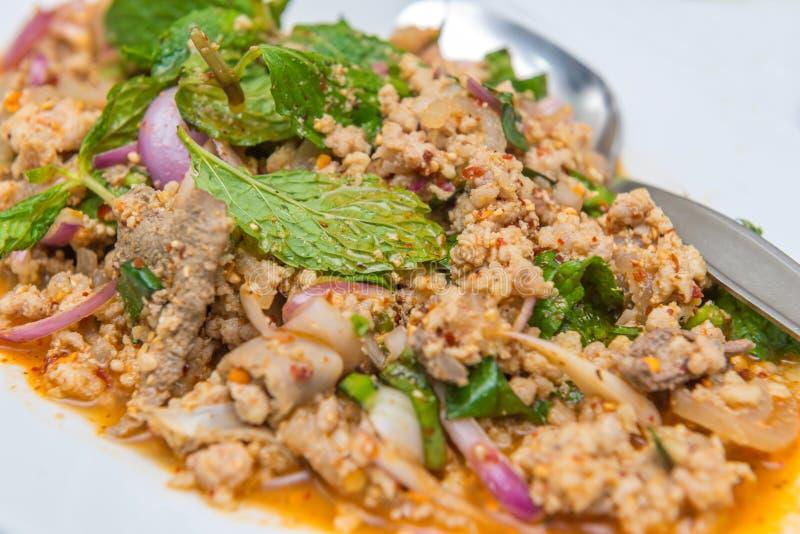 Kruidige gehaktsalade, Thaise voedselstijl royalty-vrije stock afbeelding