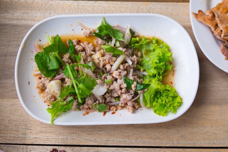 Kruidige Thaise het voedselstijl van de gehaktsalade royalty-vrije stock foto's